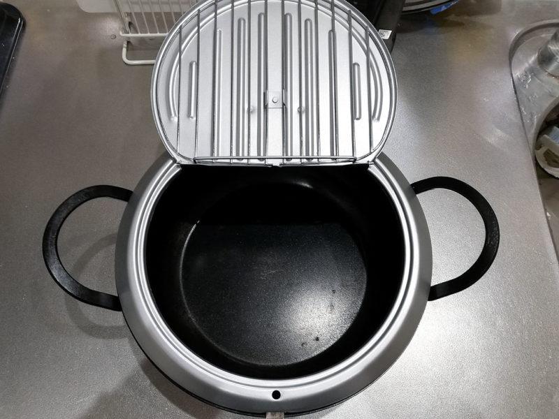 天ぷら鍋 ふたを開けたところ