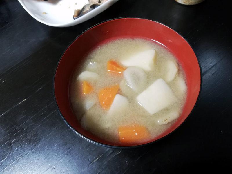 ホットクックで作った根菜汁