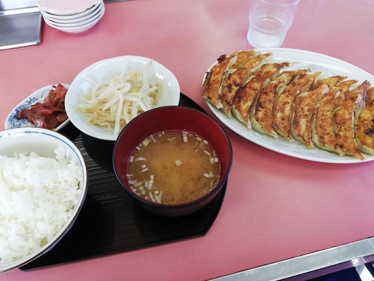 焼き餃子定食大